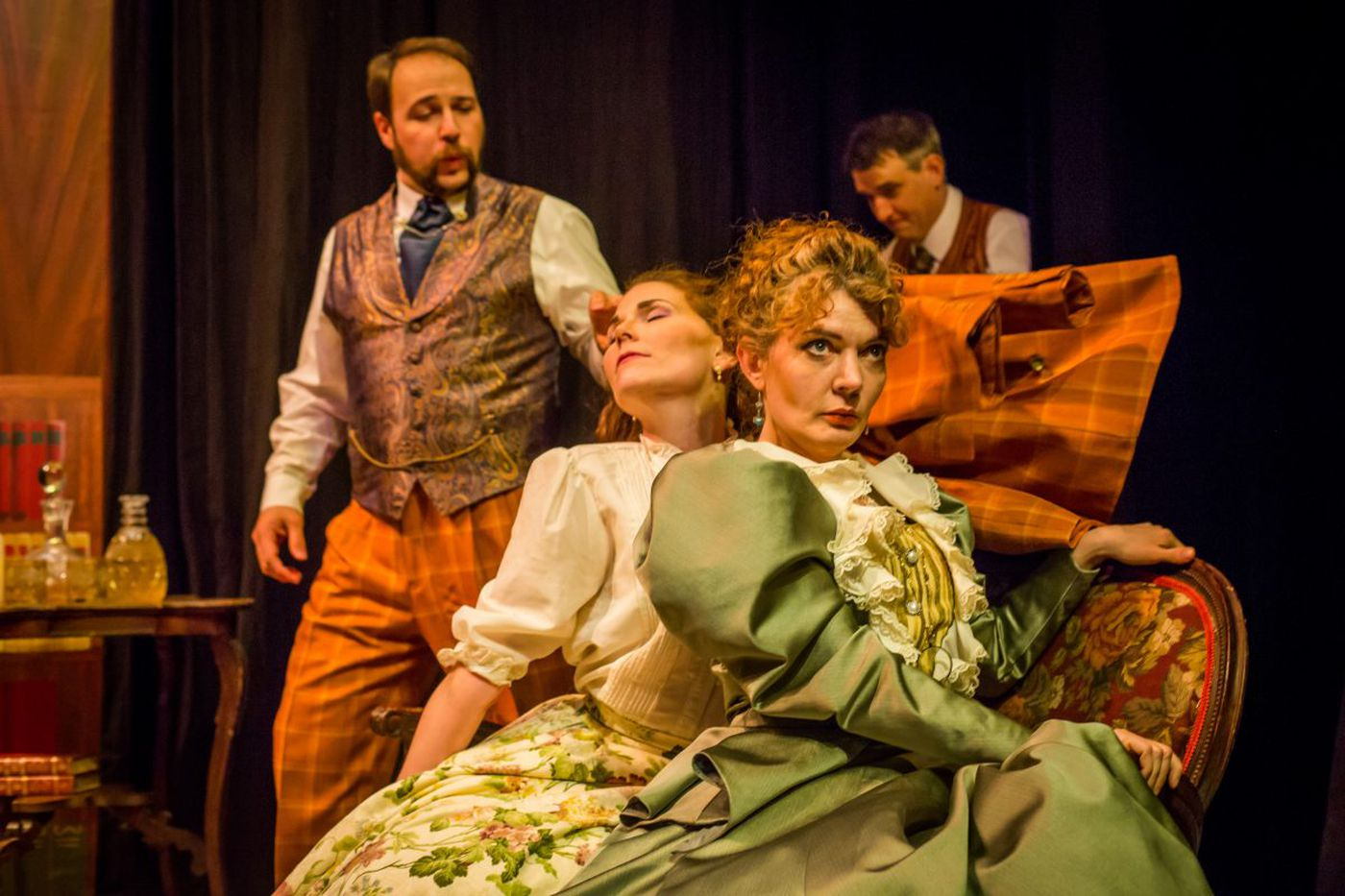 At Hedgerow: 'The Importance of Being Earnest' (and, for this play, being youngish)