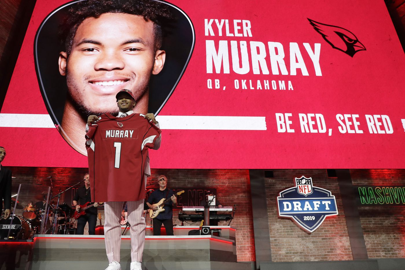 c14599be498 NFL draft 2019: Cardinals make Kyler Murray first overall pick, Giants and  Redskins get their QBs, ...