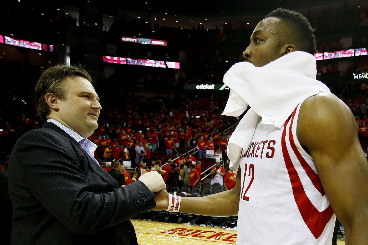 Dwight Howard agrees to a one-year deal with the Sixers and reunites with Daryl Morey