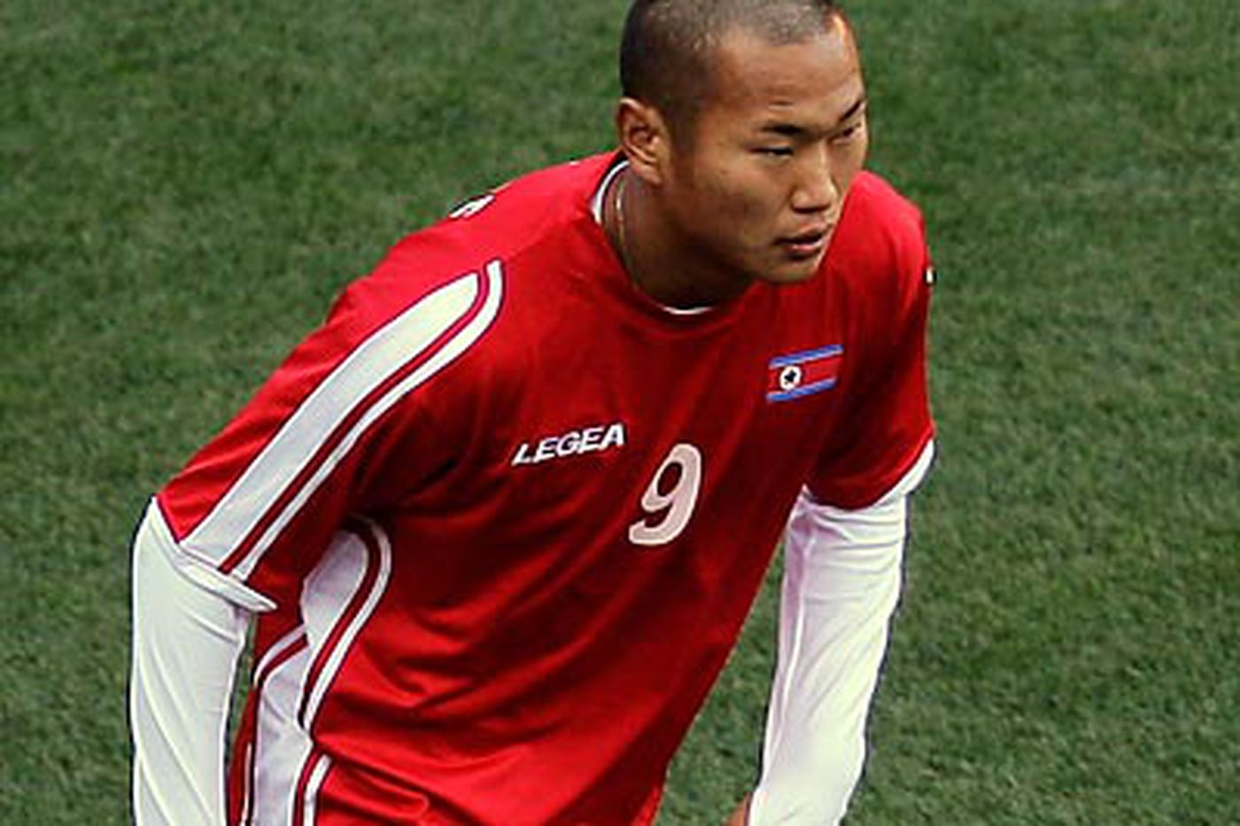 "North Korea's Jong Tae-Se is ""the People's Rooney"""