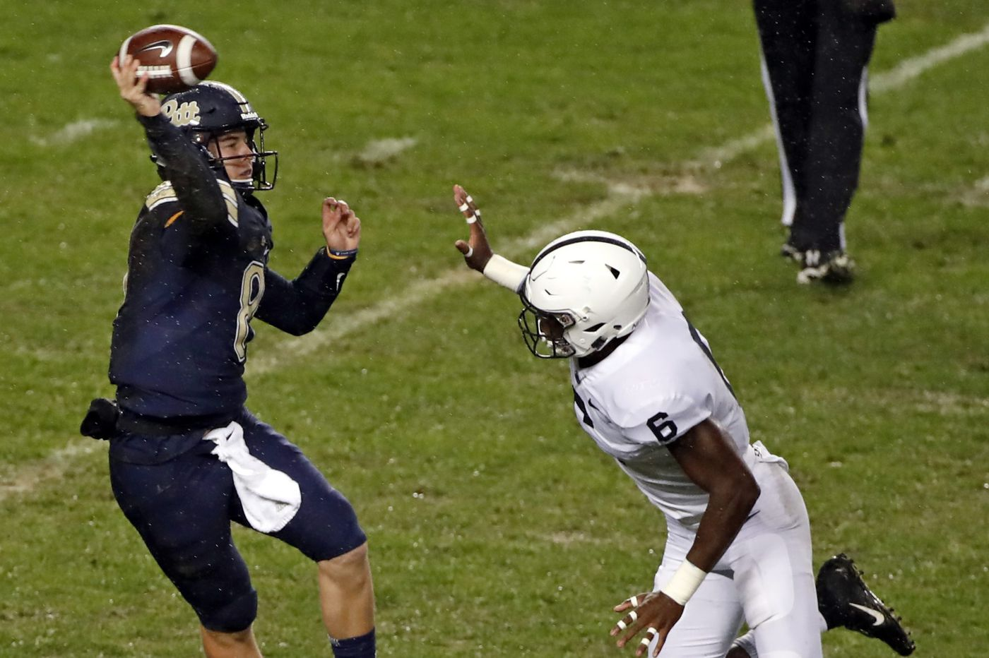 Penn State's young linebackers showing improvement
