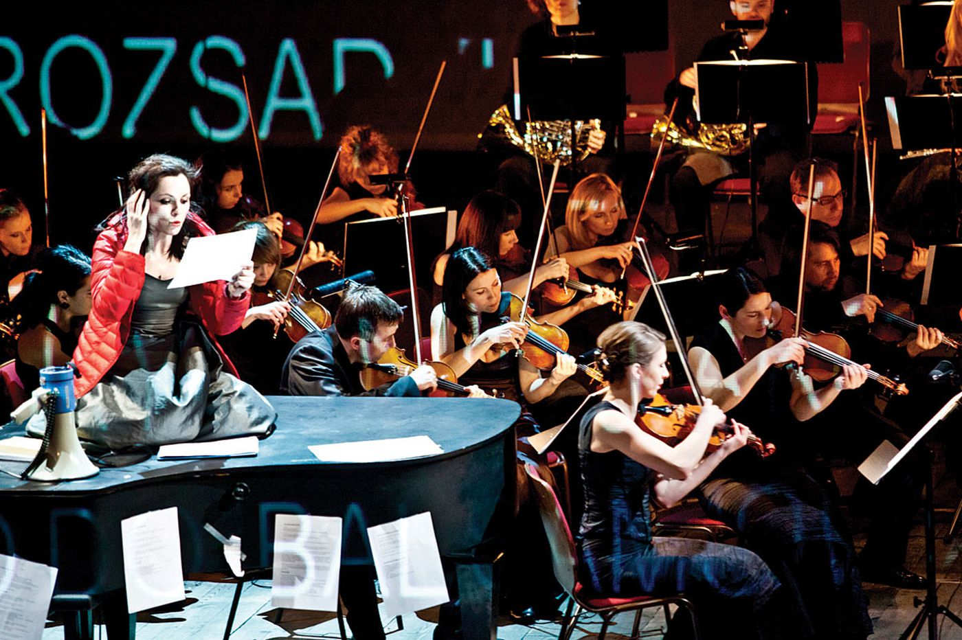 When a play subtracts the piano, a voice steps in