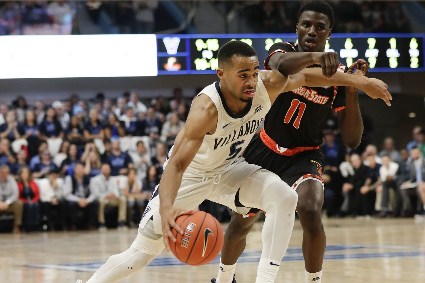 Villanova opens renovated arena by beating Morgan State, 100-77