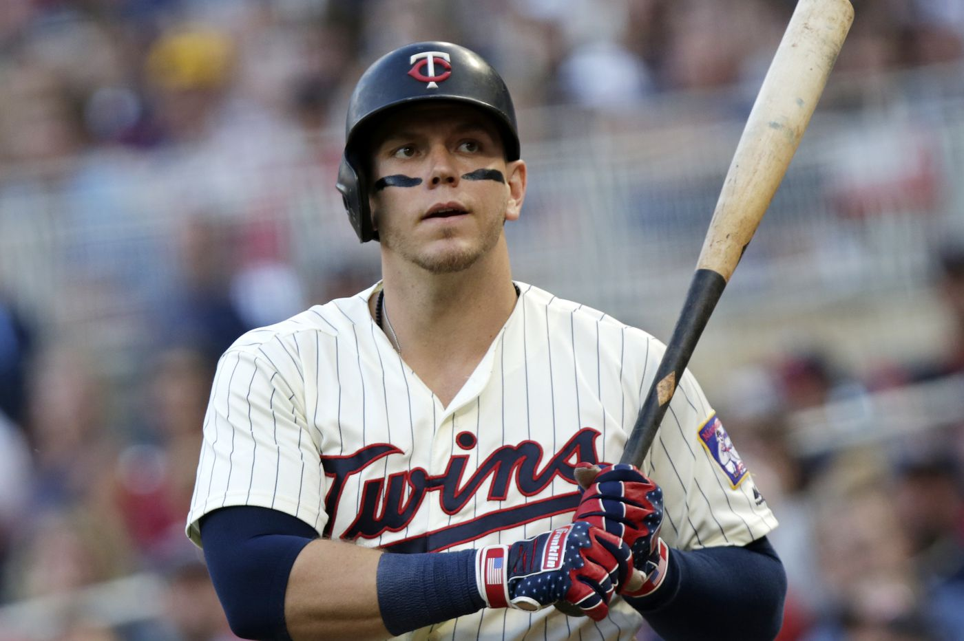 Phillies sign veteran slugger Logan Morrison to a minor-league contract