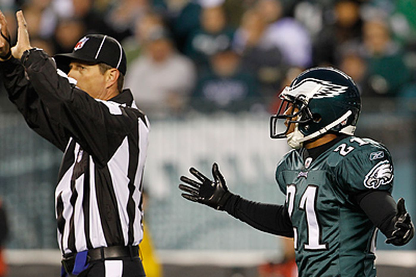 Eagles ready to turn to reliable Hanson in defensive backfield if needed