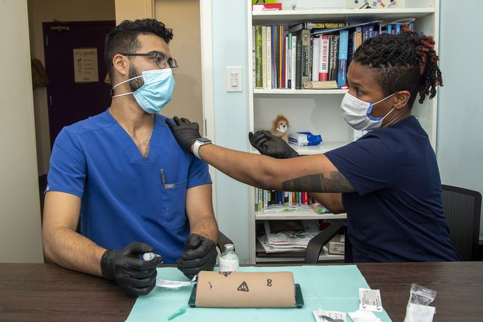 From teeth cleanings to X-rays, Pa. dentists struggle to see glut of patients as pandemic wanes