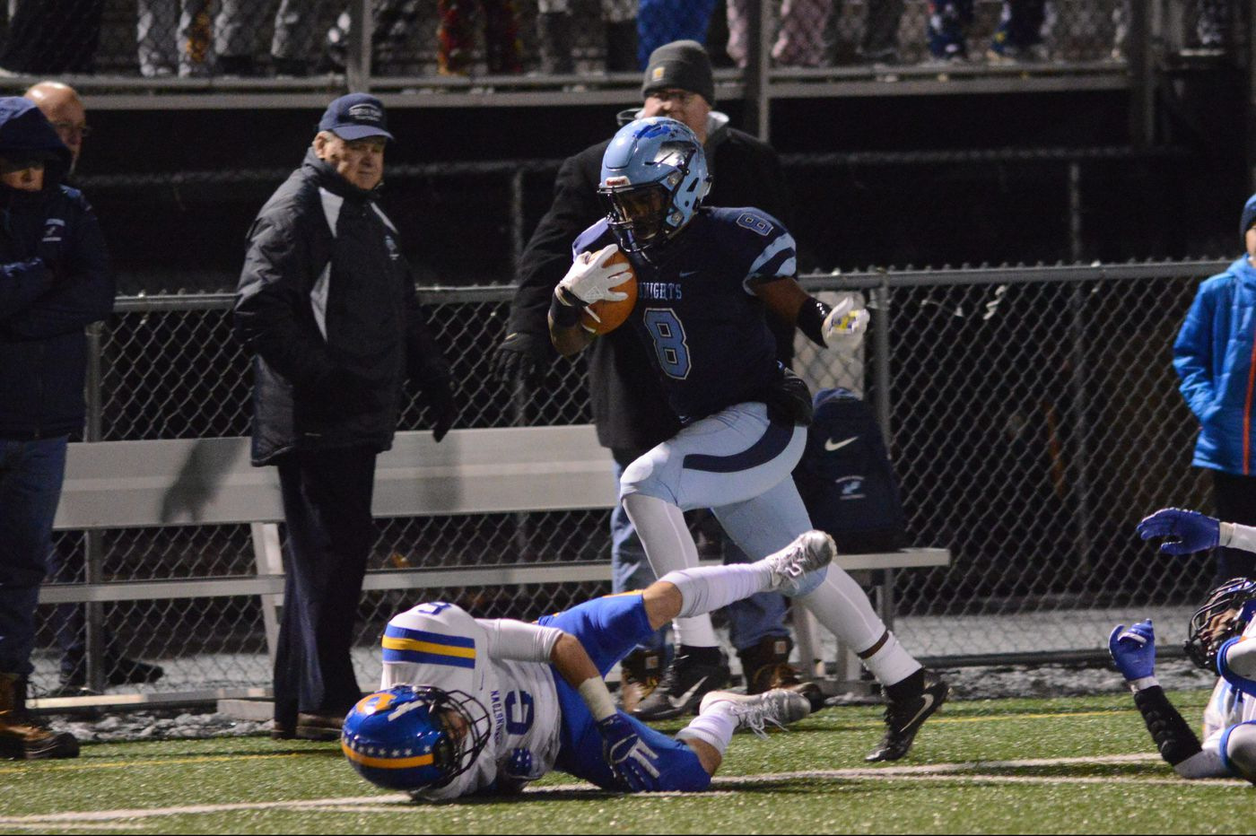 Shamar Edwards, North Penn run past Downingtown West in District 1 Class 6A football semifinal