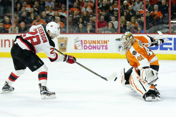 Flyers vs. Blue Jackets: Anthony Stolarz vs. Sergei Bobrovsky; defenseman Samuel Morin skates with team