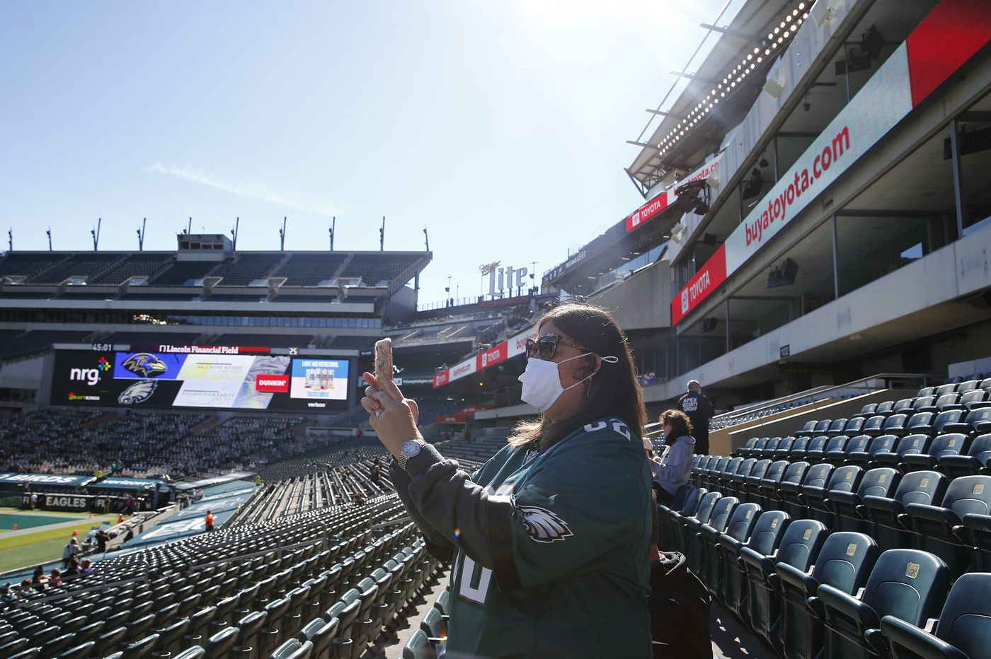 'It's very empty in here': Eagles fans finally return to a very different Linc