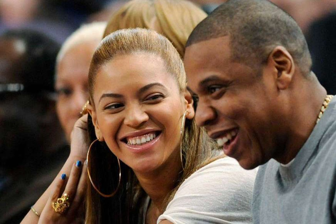 Beyoncé and Jay-Z to bring 'On the Run II' tour to Lincoln Financial Field this summer