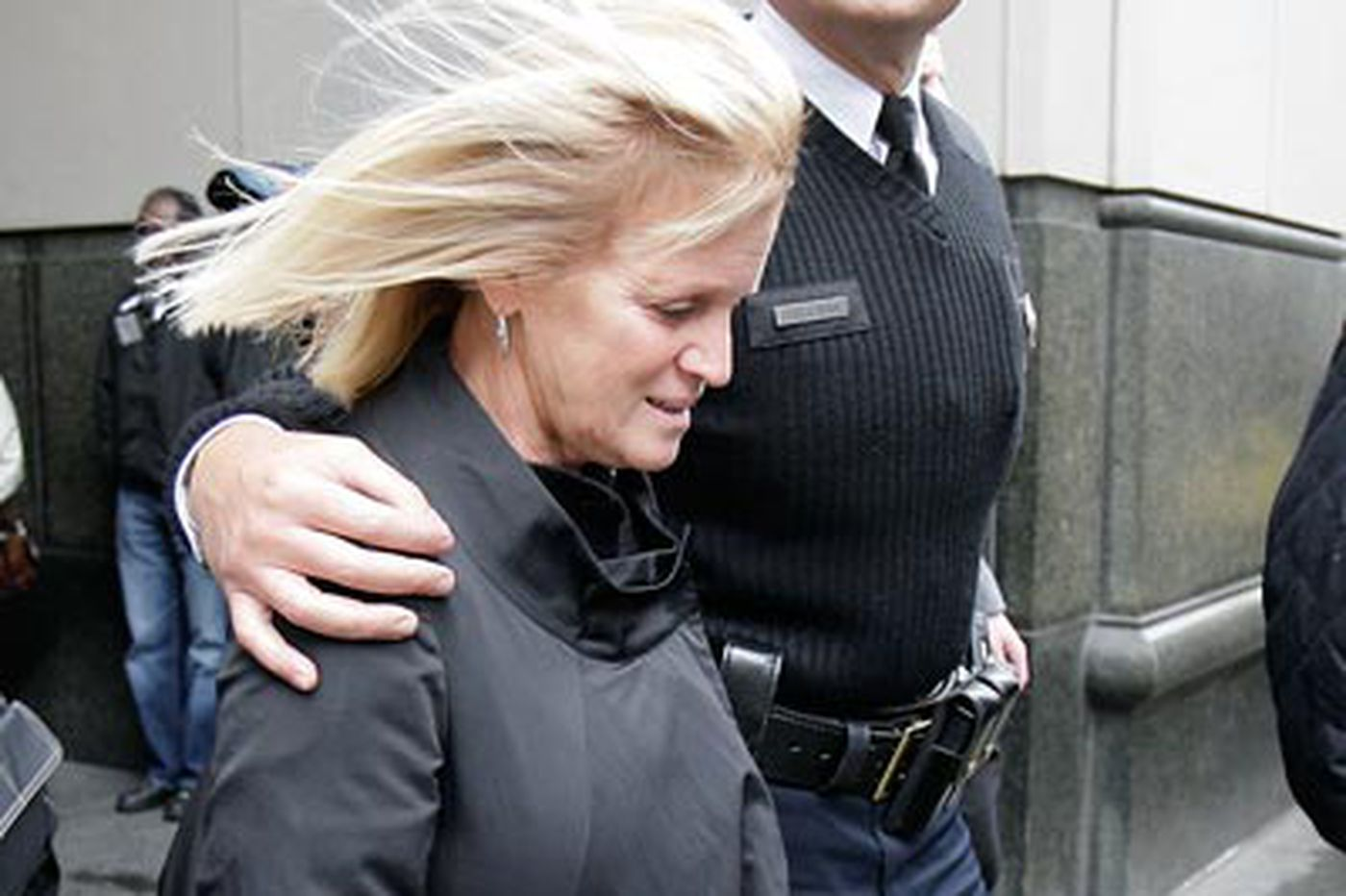 Killer cries out to Chuck Cassidy's grieving widow: 'I APOLOGIZE'