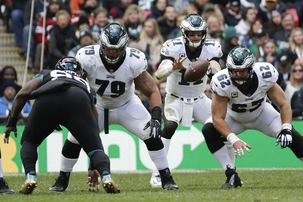 Coming home, Eagles had something to declare: They liked London trip