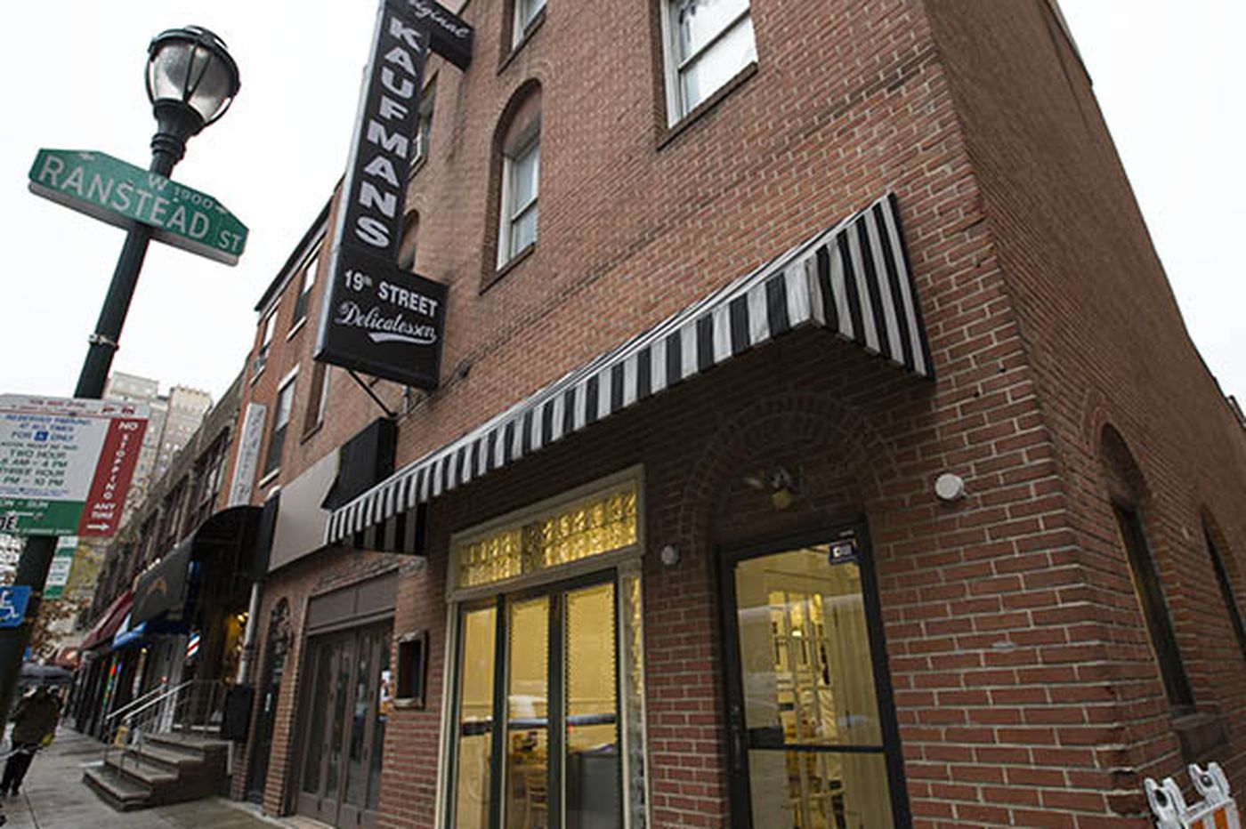 Rittenhouse Square offshoot of Famous 4th Street Deli is sold