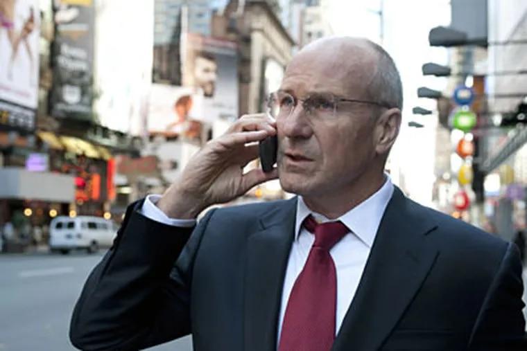 William Hurt portrays Treasury Secretary Henry Paulson.