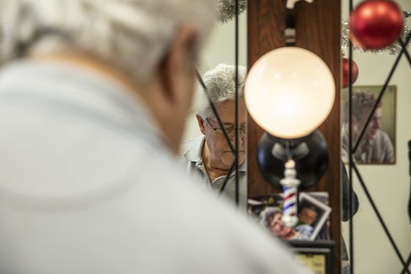 As East Market spruces up, an old barber moves on | Mike Newall