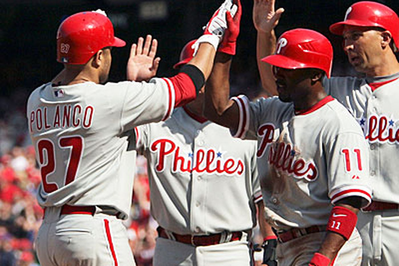 Polanco settles in nicely with Phillies