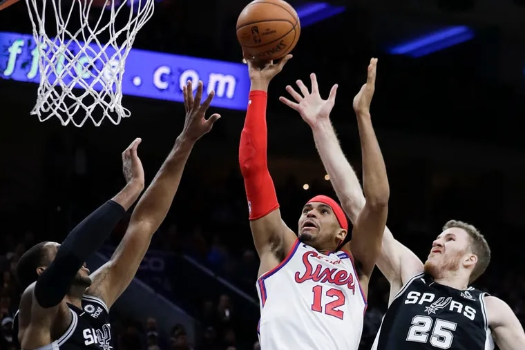 Tobias Harris led the Sixers with 26 points in Friday's win over the Spurs.