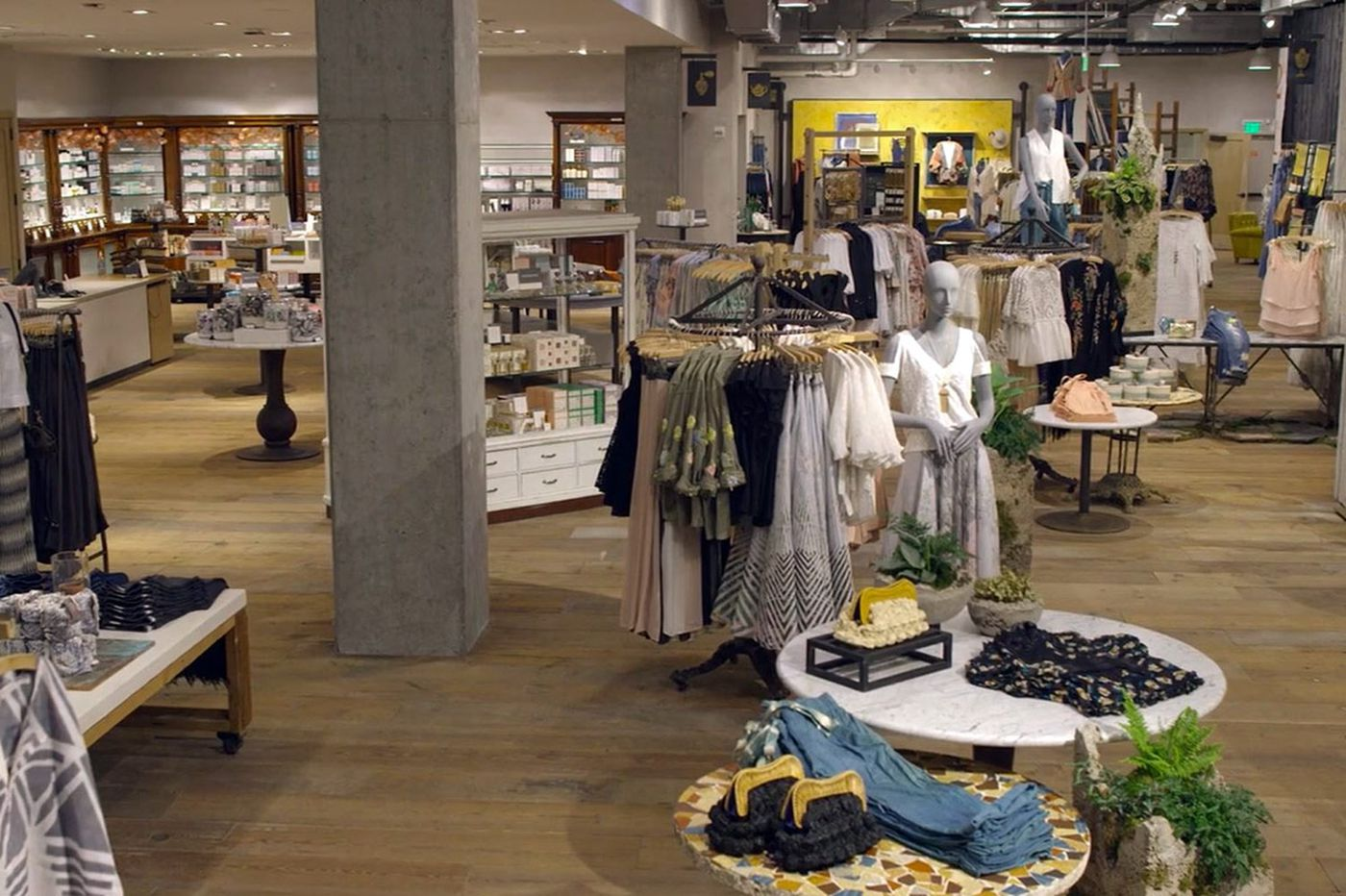 Urban Outfitters Inc. aims to supersize Anthropologie stores
