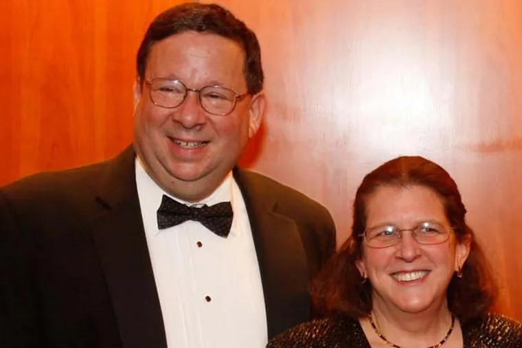 David L Cohen and wife Rhonda Cohen. (Michael Wirtz / Staff Photographer, file)