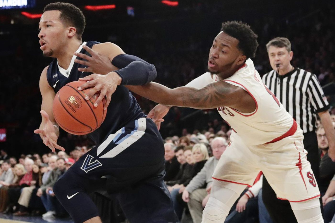 Villanova overcomes upset bid by St. John's