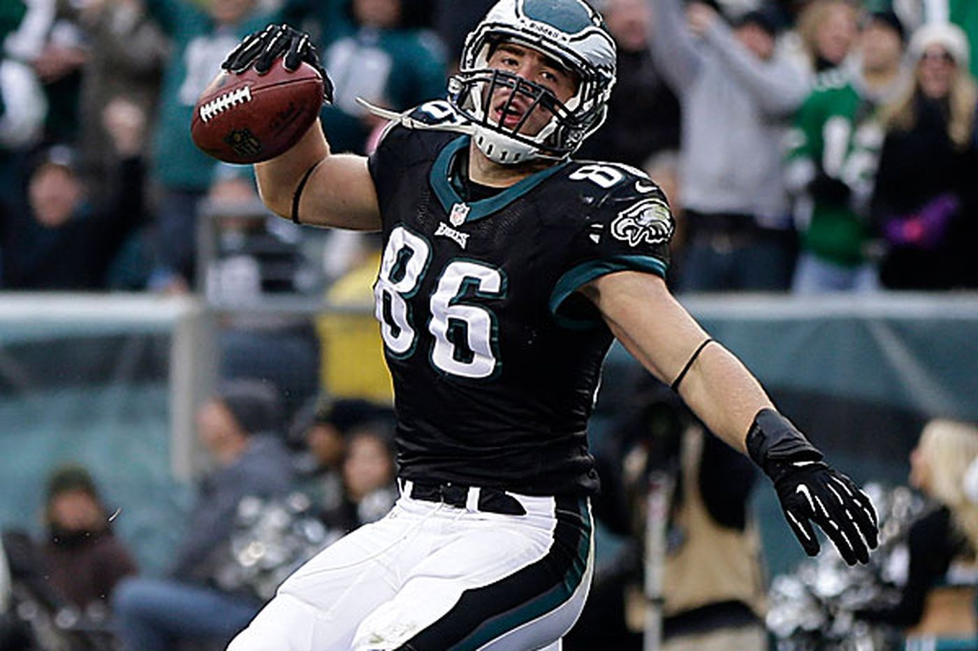 Ertz likely to benefit from DeSean's absence