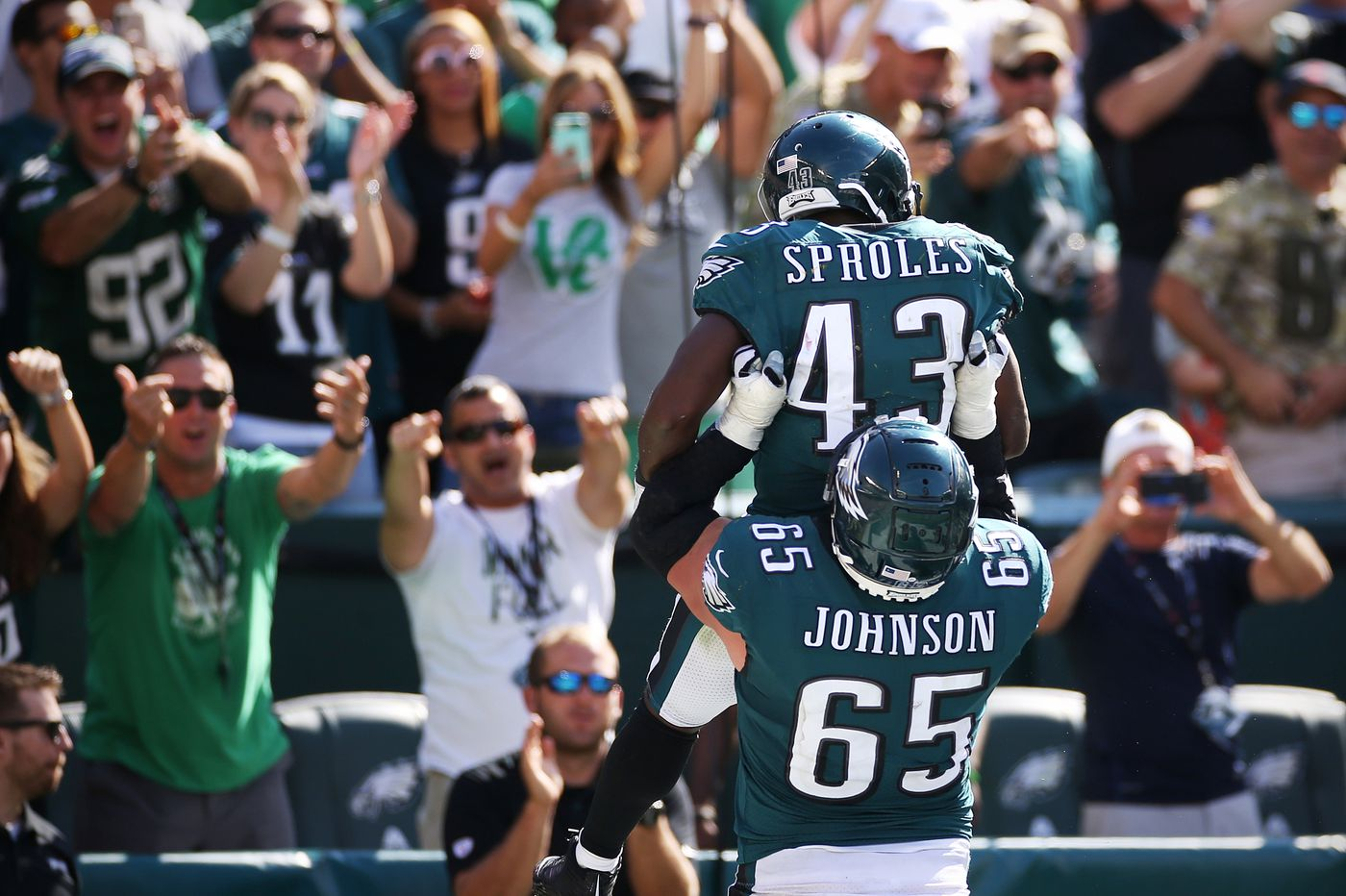 NFL Week 2: Vegas Vic rolling with the Eagles, throwing out a surprise best bet