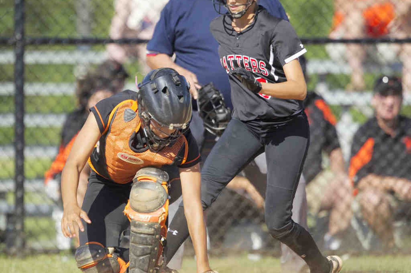 Hatboro-Horsham takes sloppy win for District 1 Class AAAA girsl softball title
