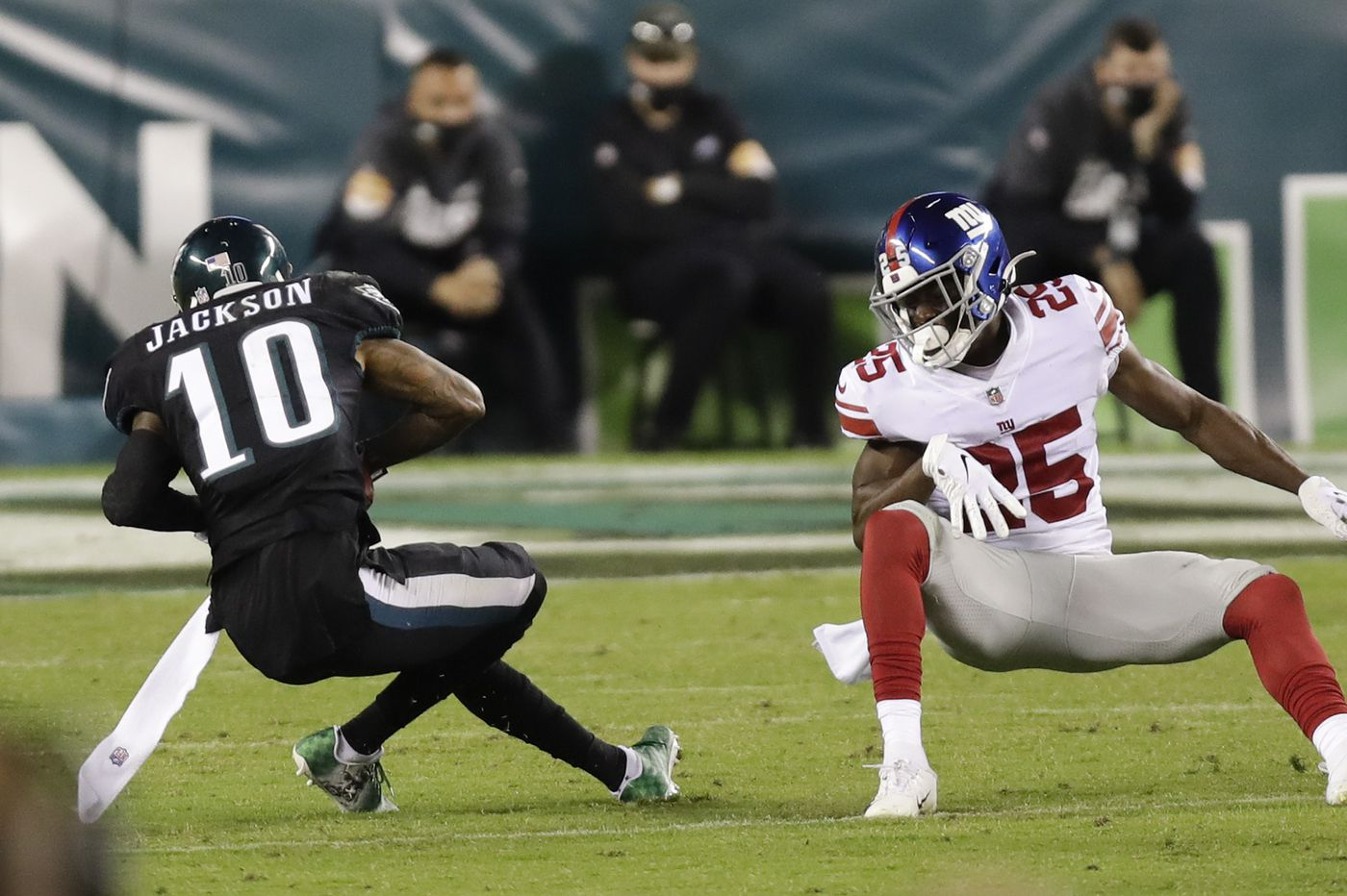 Eagles receiver DeSean Jackson volunteered to return final Giants punt, then took two awful hits for it