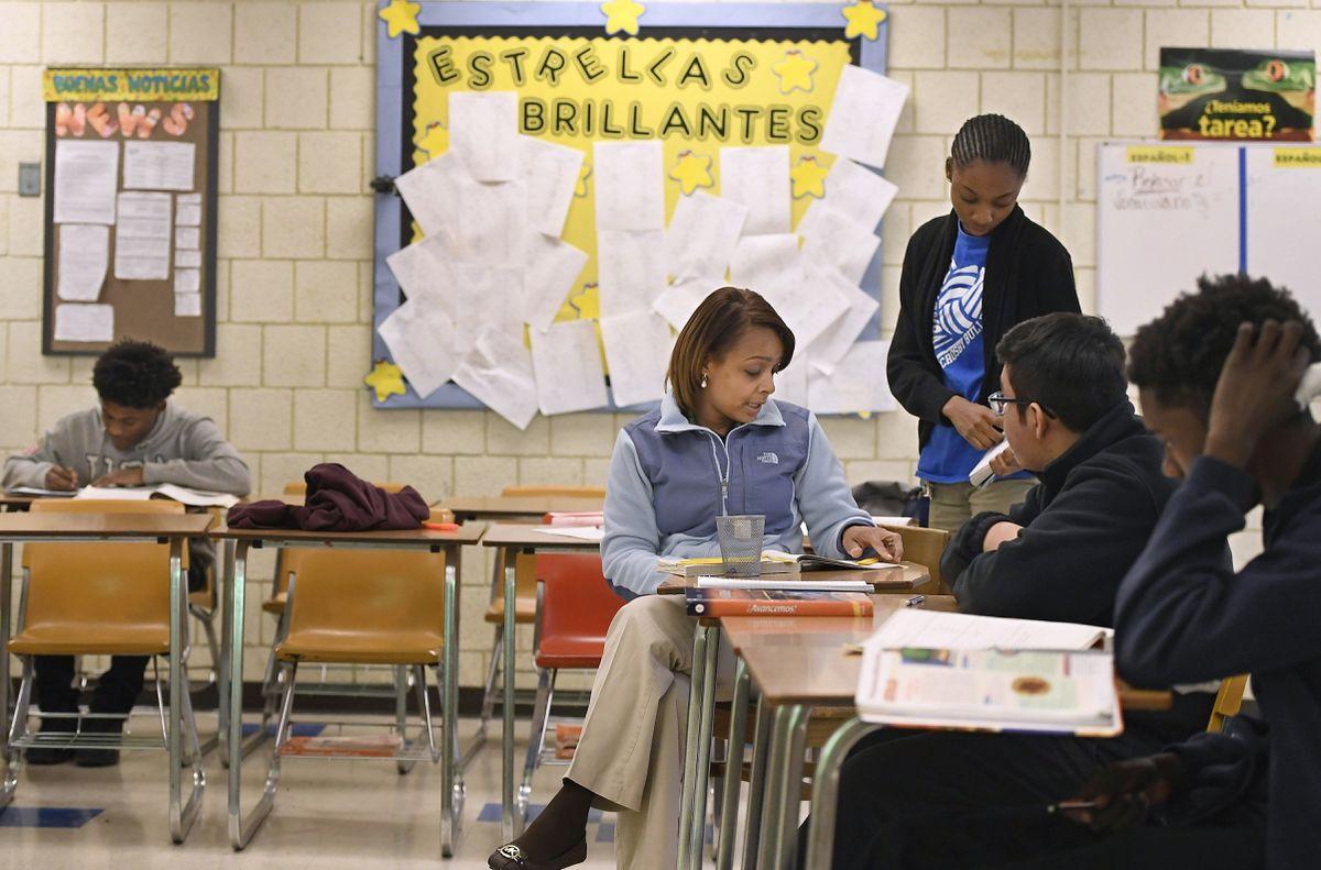 U.S. should strengthen bilingual education   Opinion