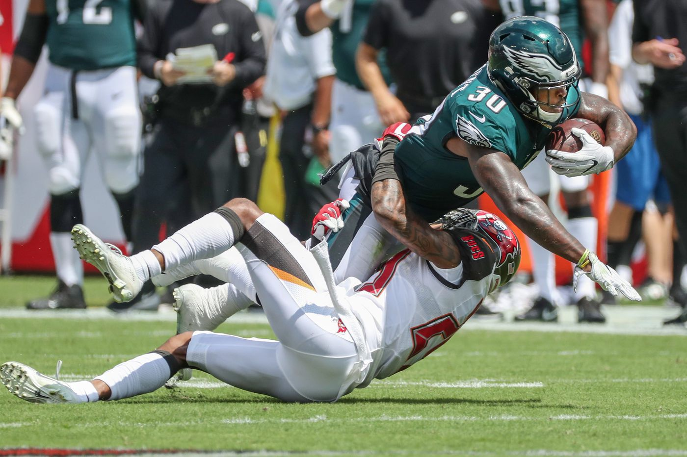 Eagles-Bucs: Who's up, who's down after Birds' loss | Jeff McLane