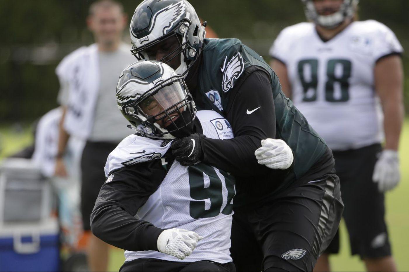 Eagles practice observations: Barnett learning; Pumphrey active; Wentz hustling