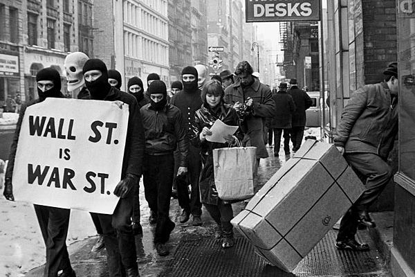 Galleries: A long-forgotten artist, 1960s anarchy, and clay