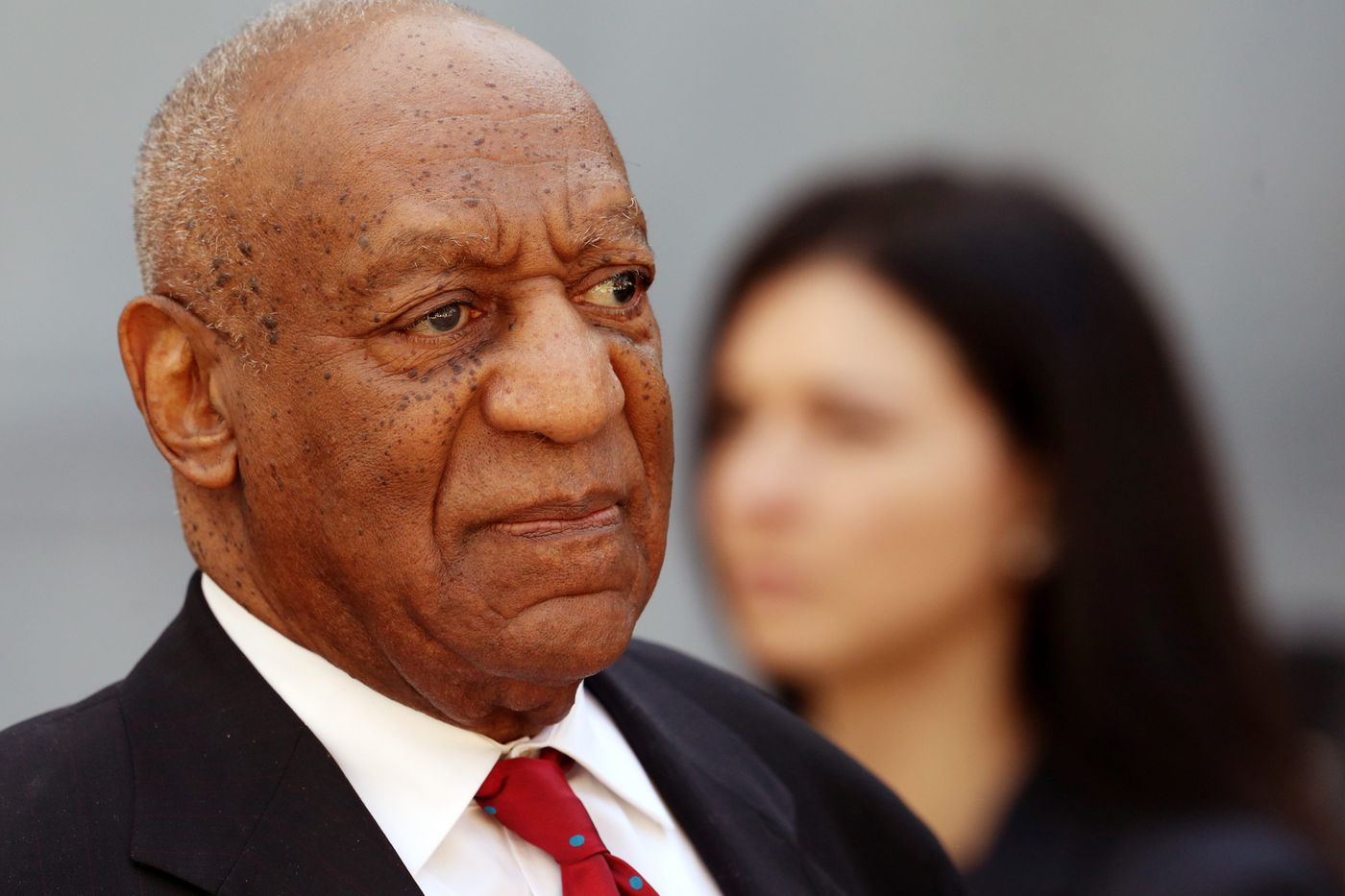Cosby sued for failing to pay legal bills