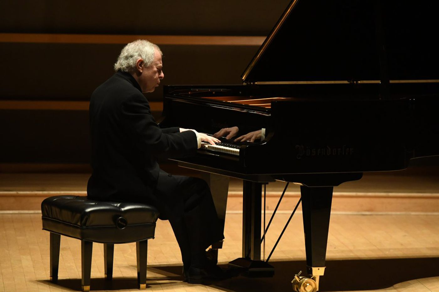 Pianist András Schiff is a master of detail at the Kimmel