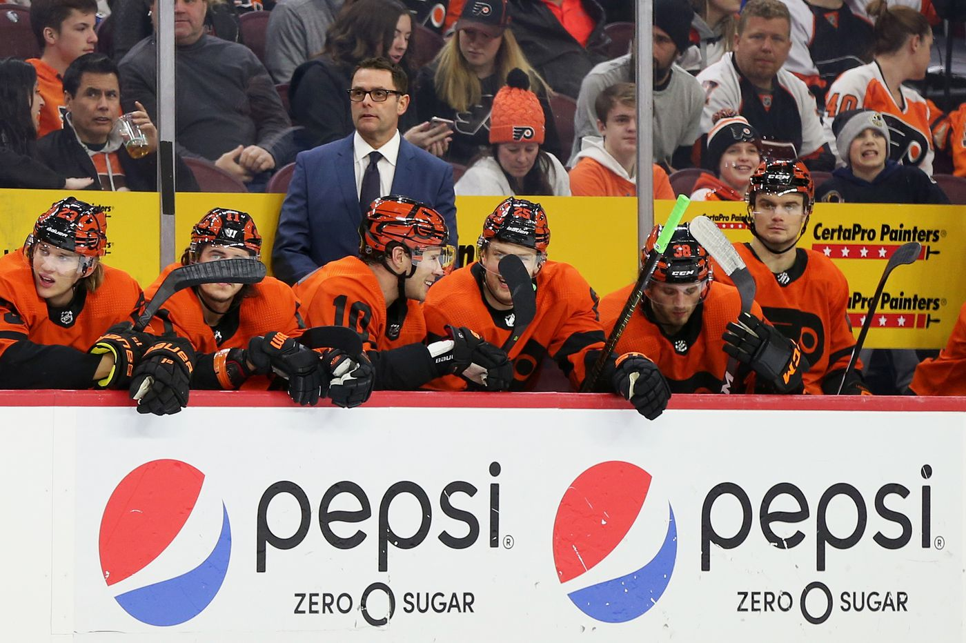 Flyers coach Scott Gordon has tunnel vision. The people he works for can't afford to have it. | Mike Sielski