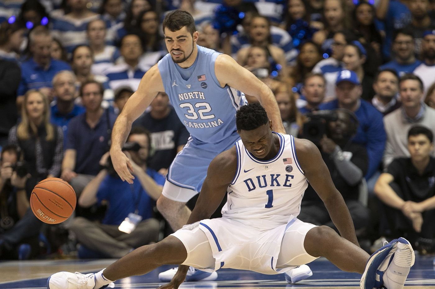 Lots of chatter and opinions after Zion Williamson's sneaker blowout | College basketball notes