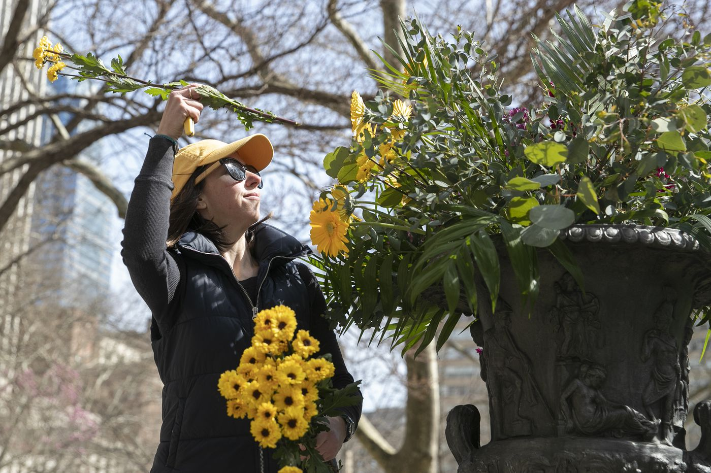 Philadelphia florists give away 2,000 flowers from events canceled due to coronavirus