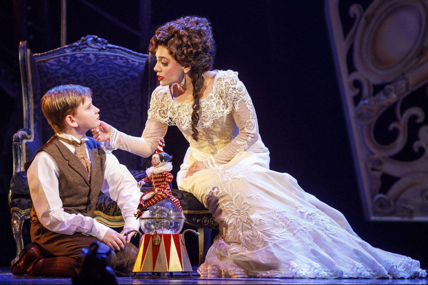 'Love Never Dies' at the Academy of Music: Sequel to 'Phantom of the Opera,' beautifully sung, hokey, and ridiculous in a mesmerizing way