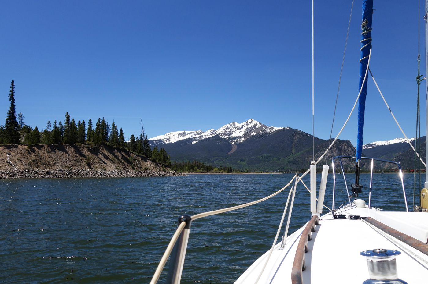Savoring the Colorado Rockies — by sailboat