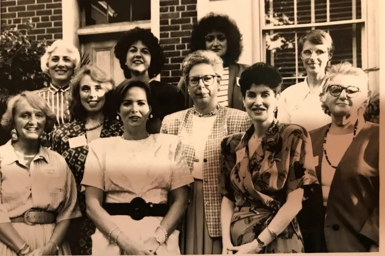 Members of the Forum of Executive Women line up for a group photo in the 1980s. Forum officials couldn't identify all the women, but among the six women in the front row are Donna Brennan, Stephanie Naidoff, and Linda McAleer. Among the four Forum members in the back row are Rosemary Greco and Jane Pepper.