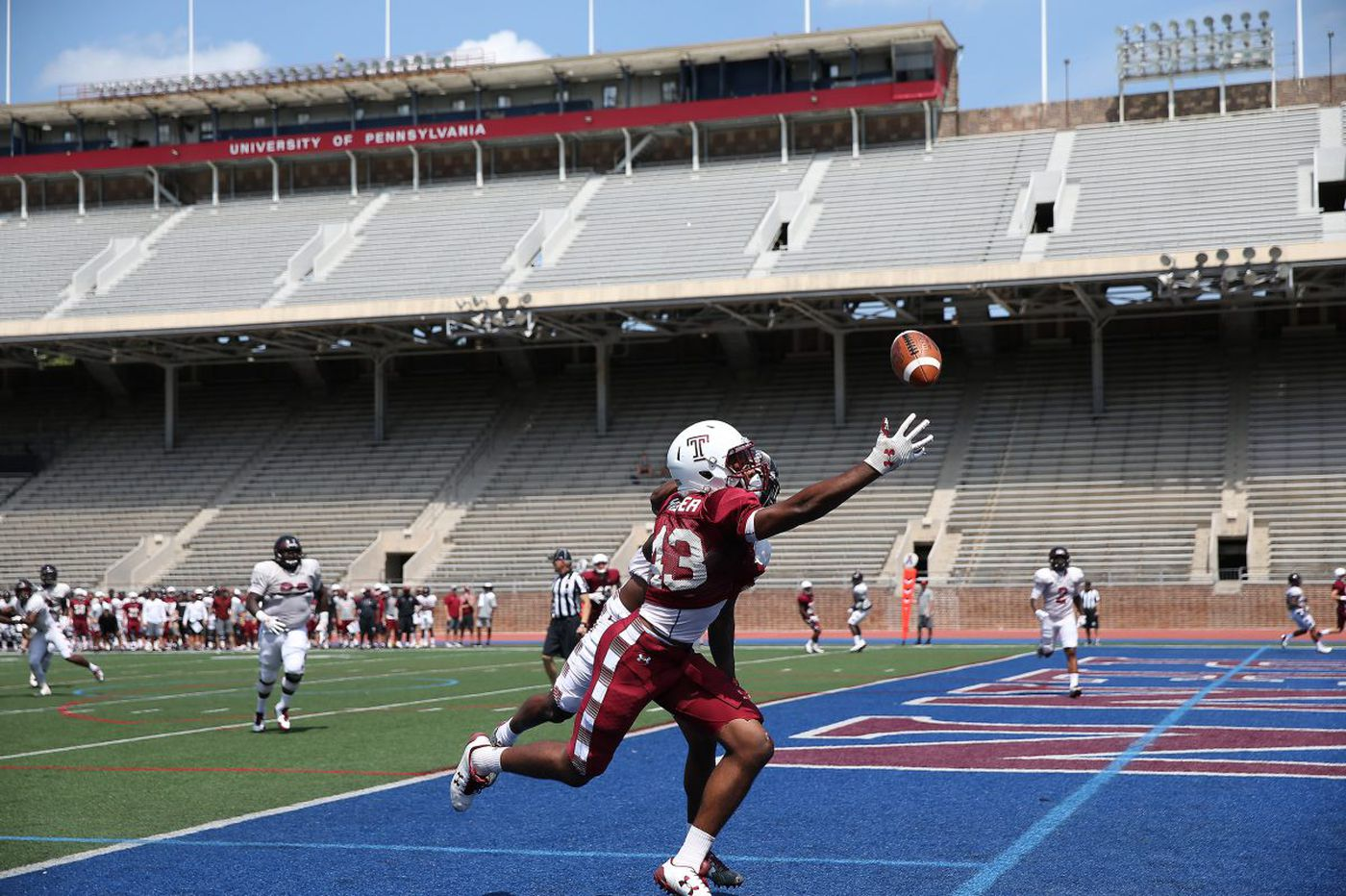 Owls treat scrimmage like real game situation; Finch given tough-guy number