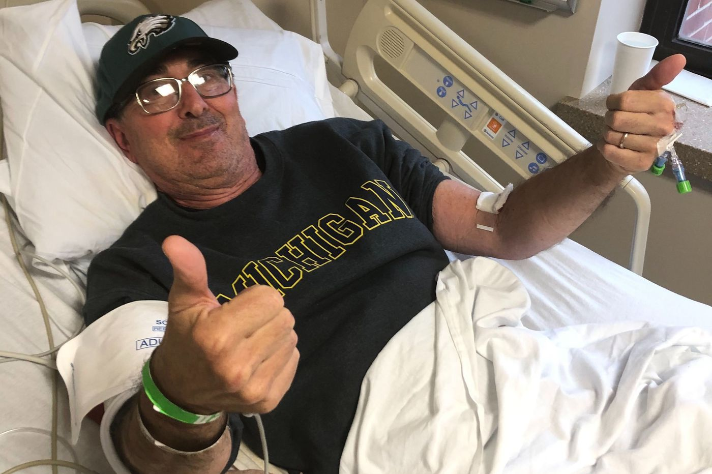 Carl Goldman, Jeffrey Lurie's longtime friend, wore his Eagles hat throughout his grueling coronavirus quarantine | Bob Brookover