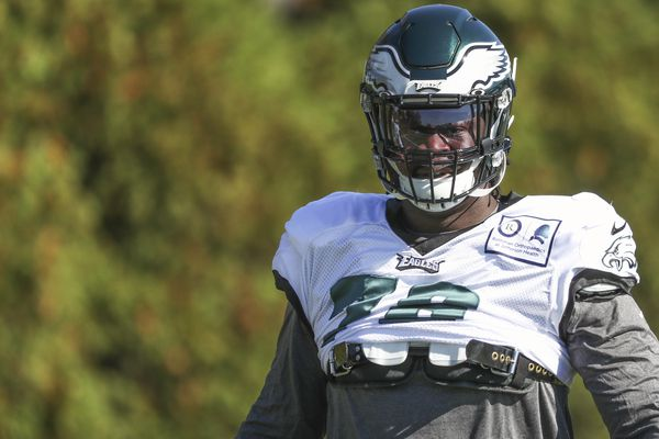 Amid Eagles' defensive tackle crisis, two rookies prepare to make NFL debuts