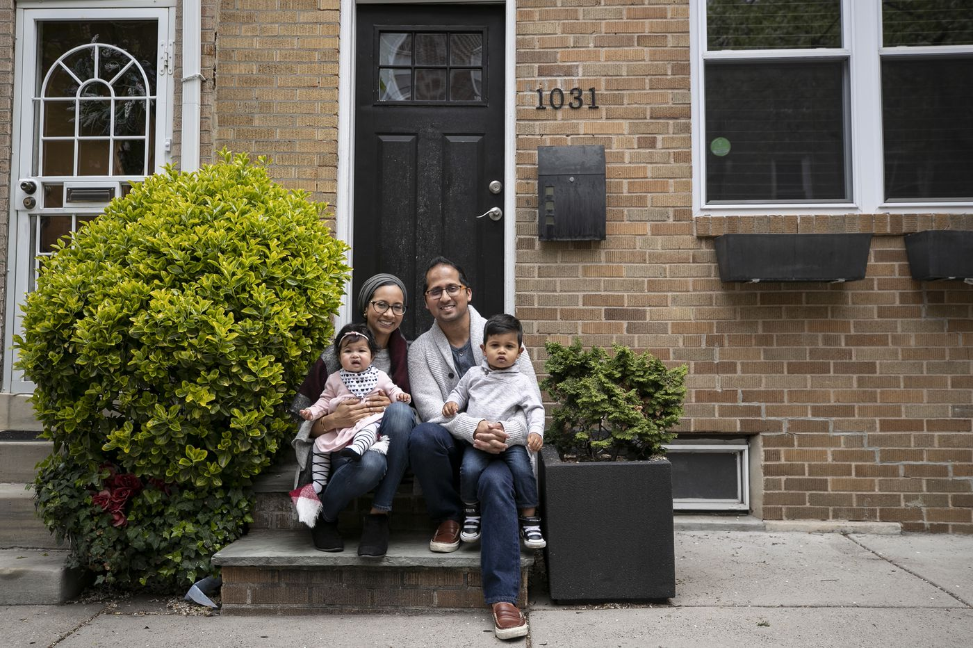 Coronavirus leaves home buyers and sellers in limbo — and at financial risk