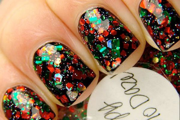 Try this: 8 holiday nail designs