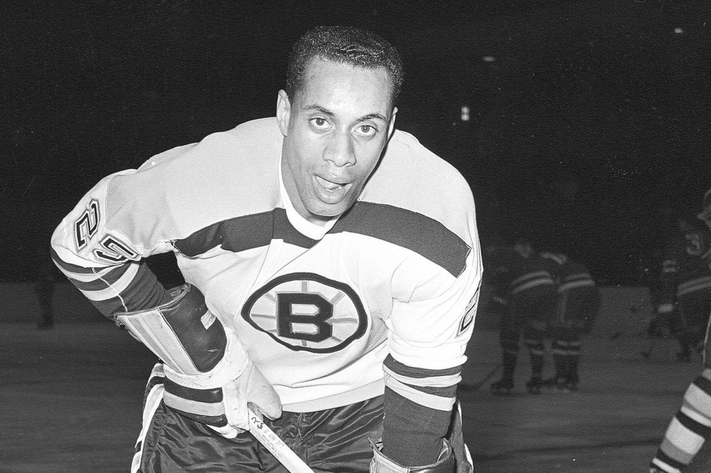 Willie O'Ree, the Jackie Robinson of hockey, to inspire youths in Philly