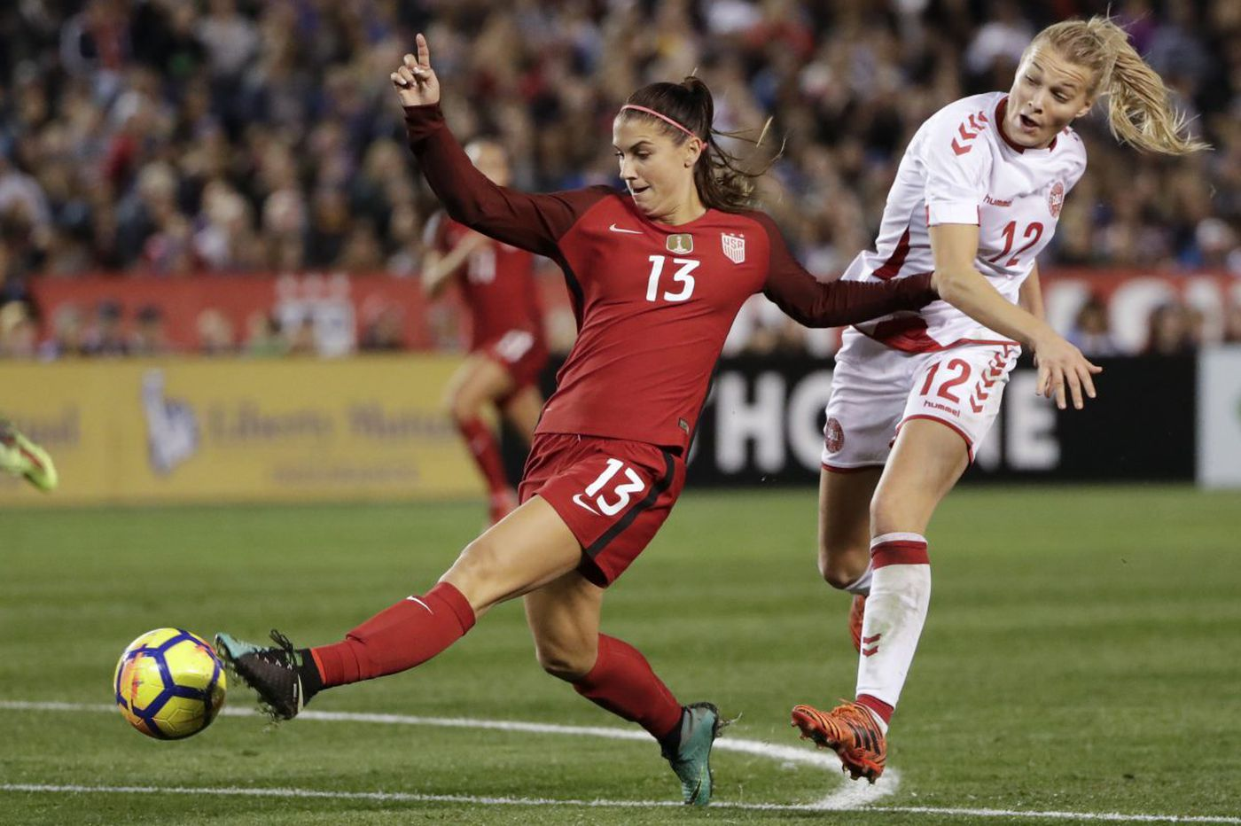 Alex Morgan is only American in FIFPro World XI team for 2017