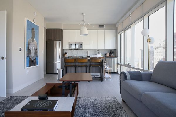 A new breed of hospitality start-up is recasting Center City apartments as quick-stay hotels
