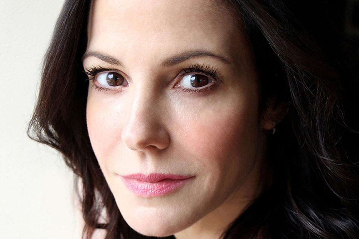 On Broadway now: Mary-Louise Parker, Marisa Tomei, and hot plays without huge stars - The Philadelphia Inquirer