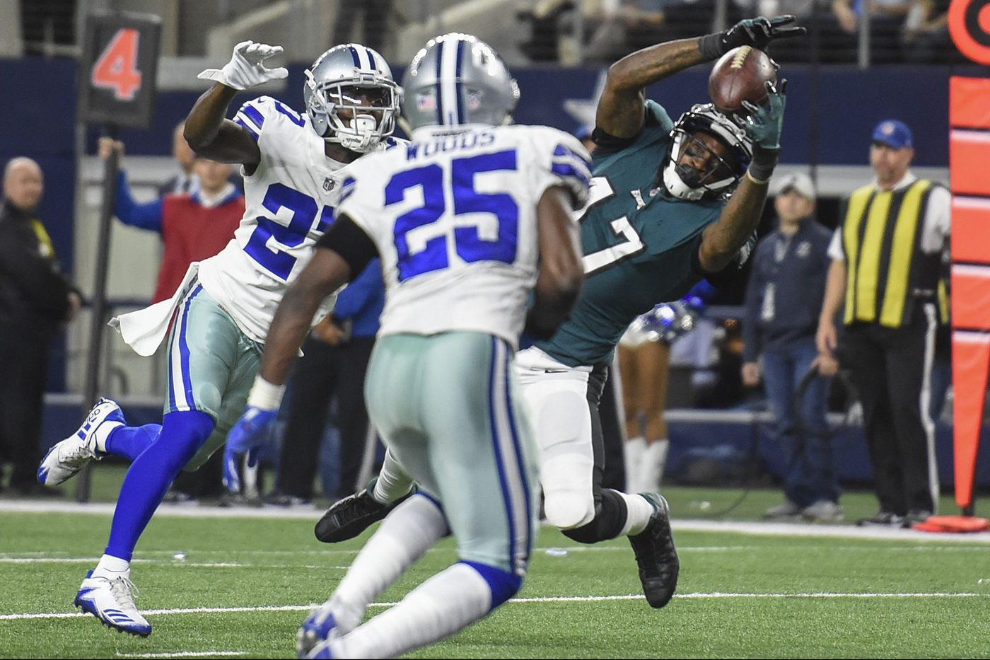 Eagles can't let bye week dull their edge against Cowboys